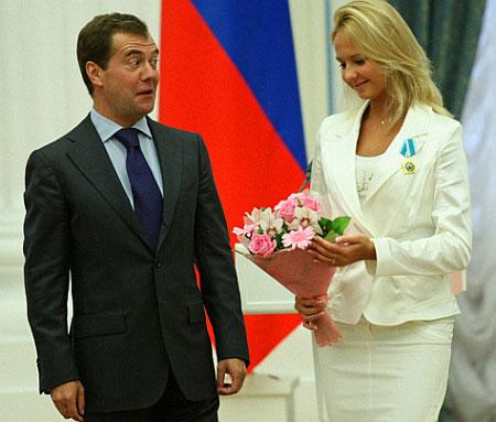 В президенте Медведеве умер клоун-мим